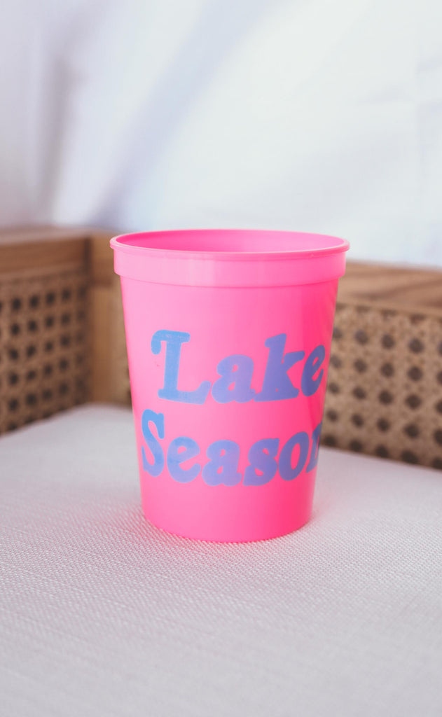 charlie southern: lake season plastic cup [set of 12]