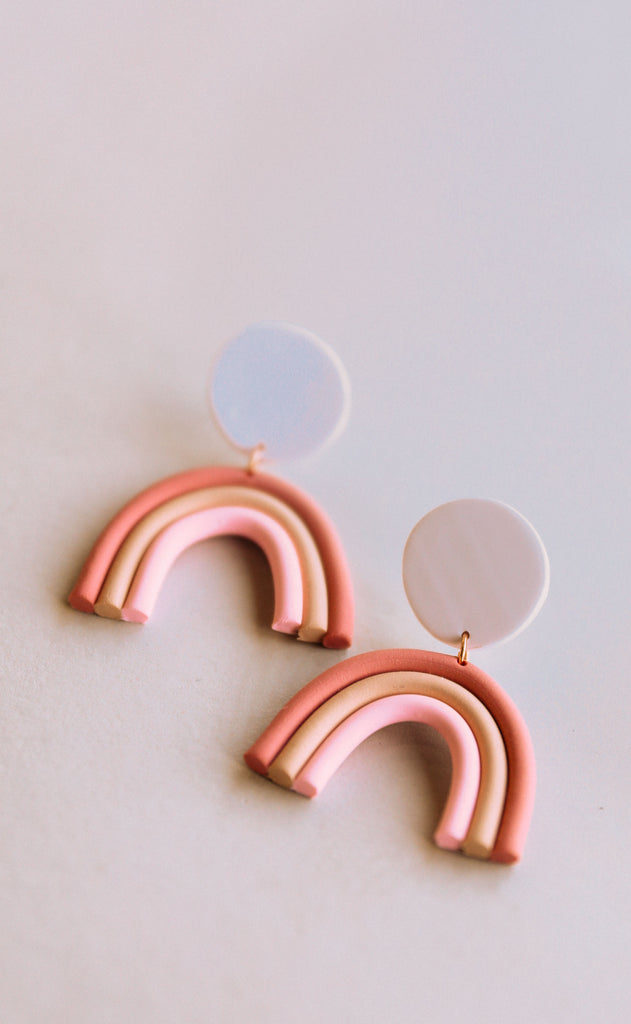 poppy dot: summer arch earrings - mauve