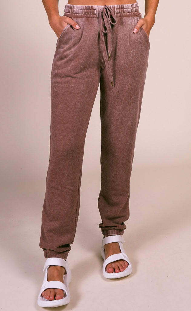 z supply: faded wash jogger - friar brown