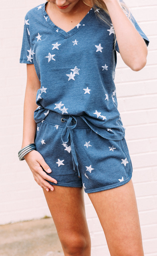 z supply: the distressed star short - black iris combo
