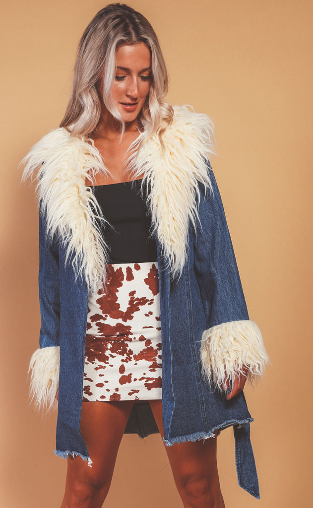 show me your mumu: penny lane coat - pacific tide with faux fur