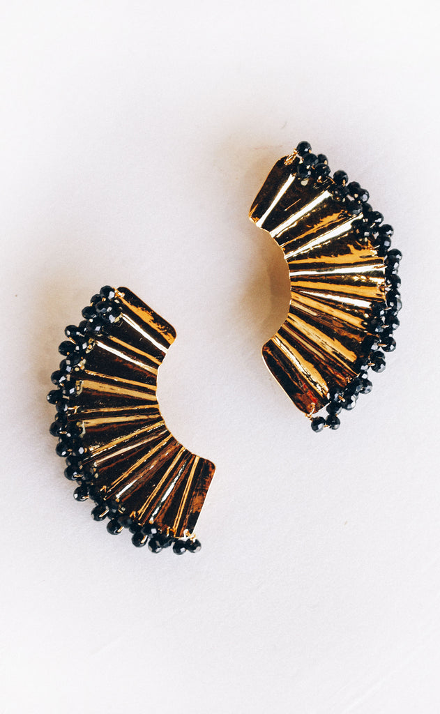 abanico beaded earrings - black
