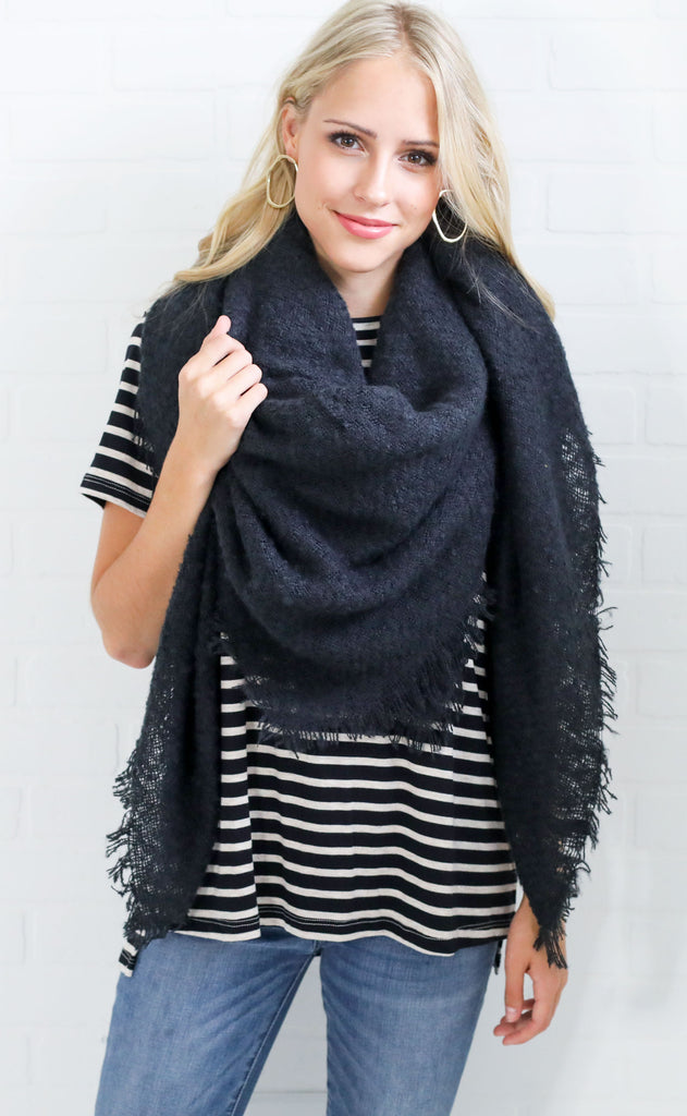 park city blanket scarf - black