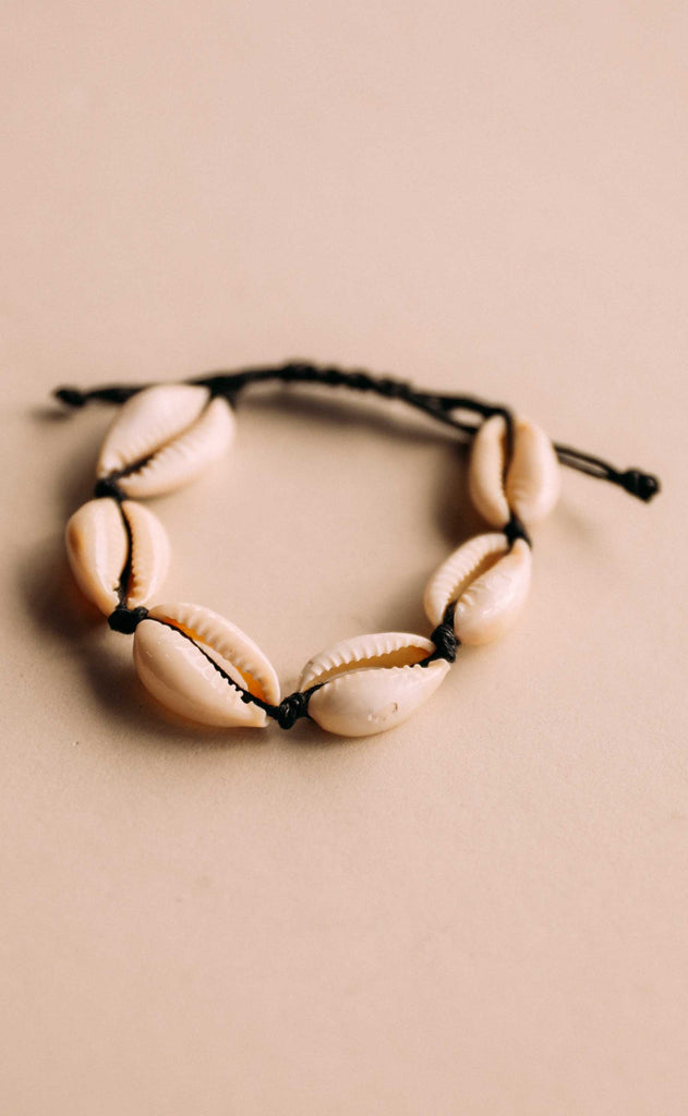 kenny shell bracelet