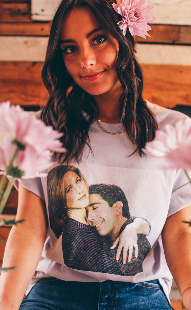 friday + saturday: the one where ross + rachel hug t shirt