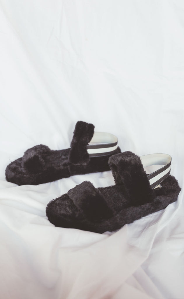 knock out slipper - black