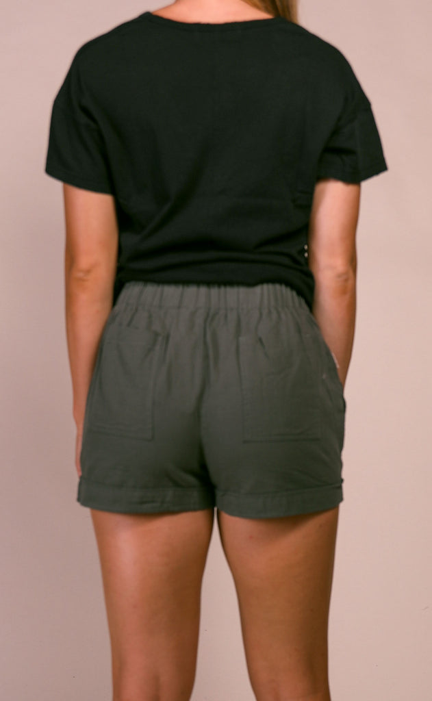 casual cool basic shorts - olive