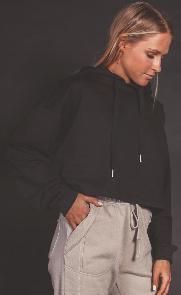 run with me hooded pullover - black