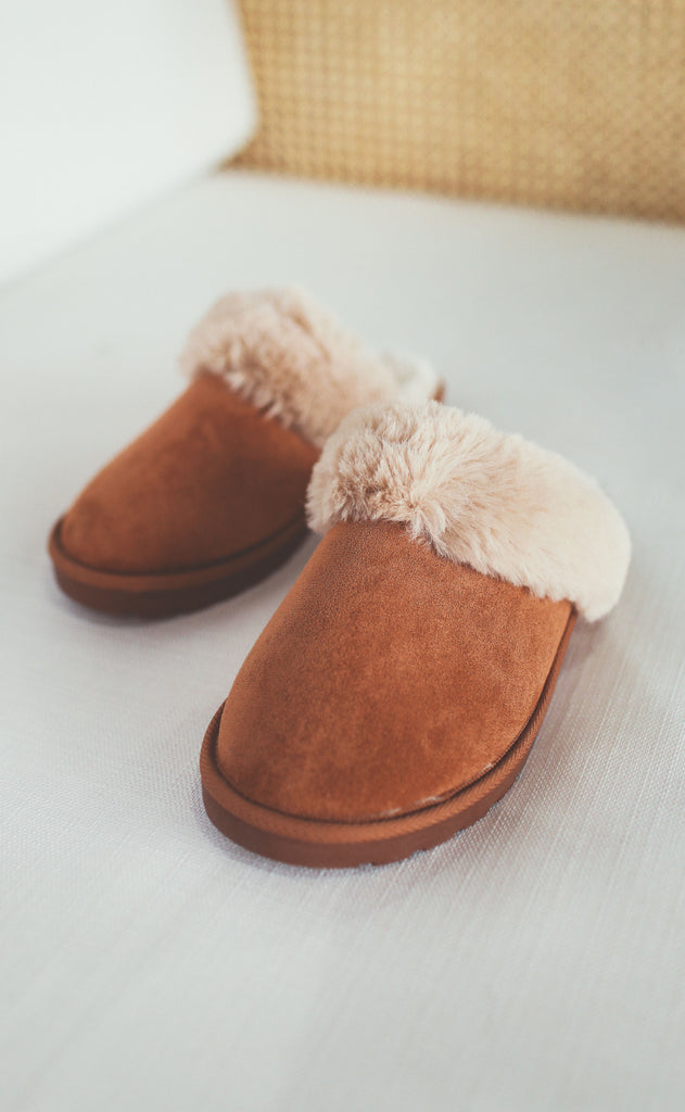 snow day slipper - tan