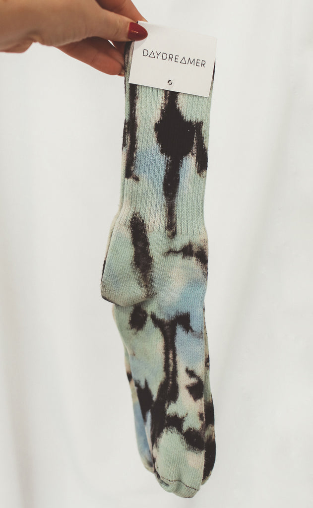 daydreamer: green wash tie dye socks