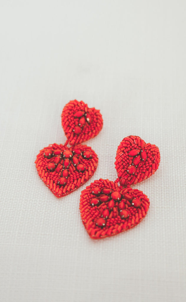 treasure jewels: double heart beaded earring