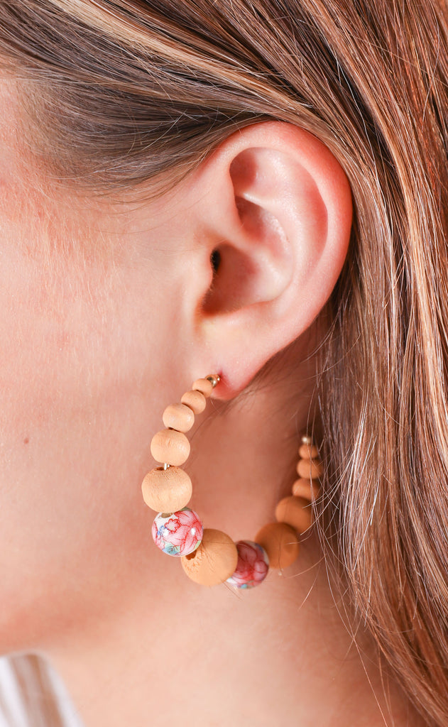 beaded floral earrings - brown
