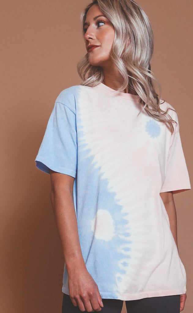 daydreamer: poppy yin yang weekend tee