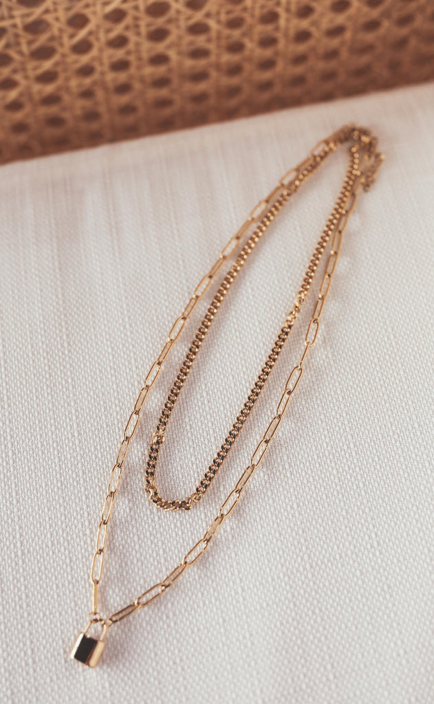 bracha: all about it necklace