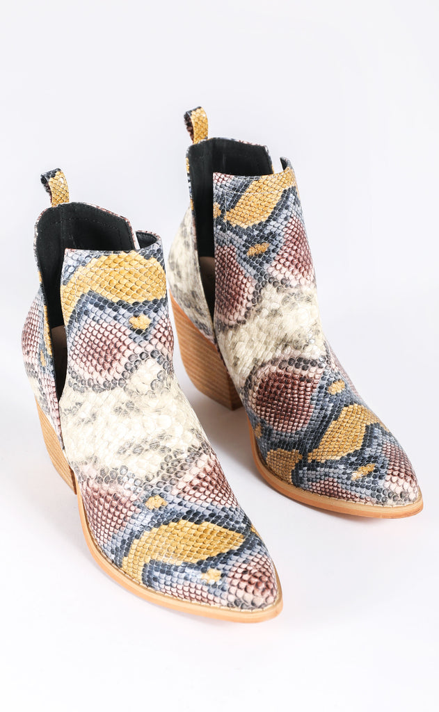 steppin' out bootie - snake