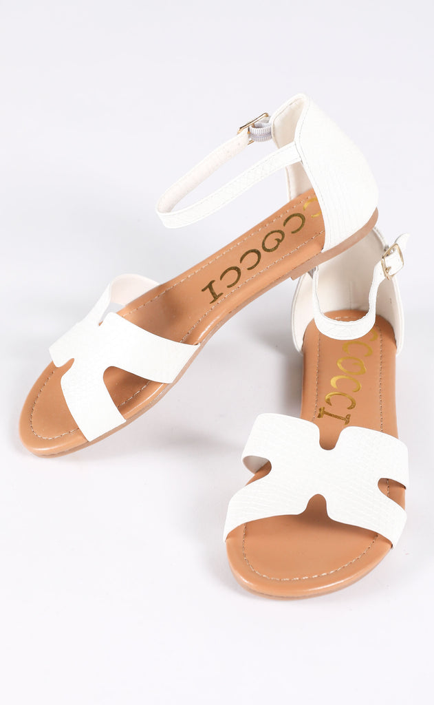 one step ahead strappy sandal - white