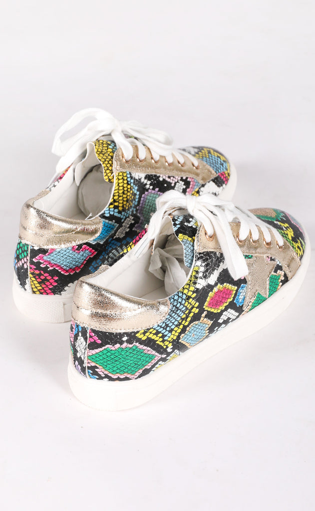 walk of fame sneaker - rainbow snake