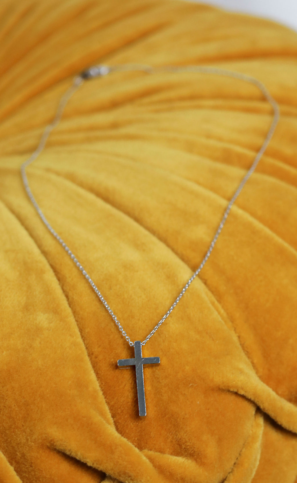 metal cross necklace - silver
