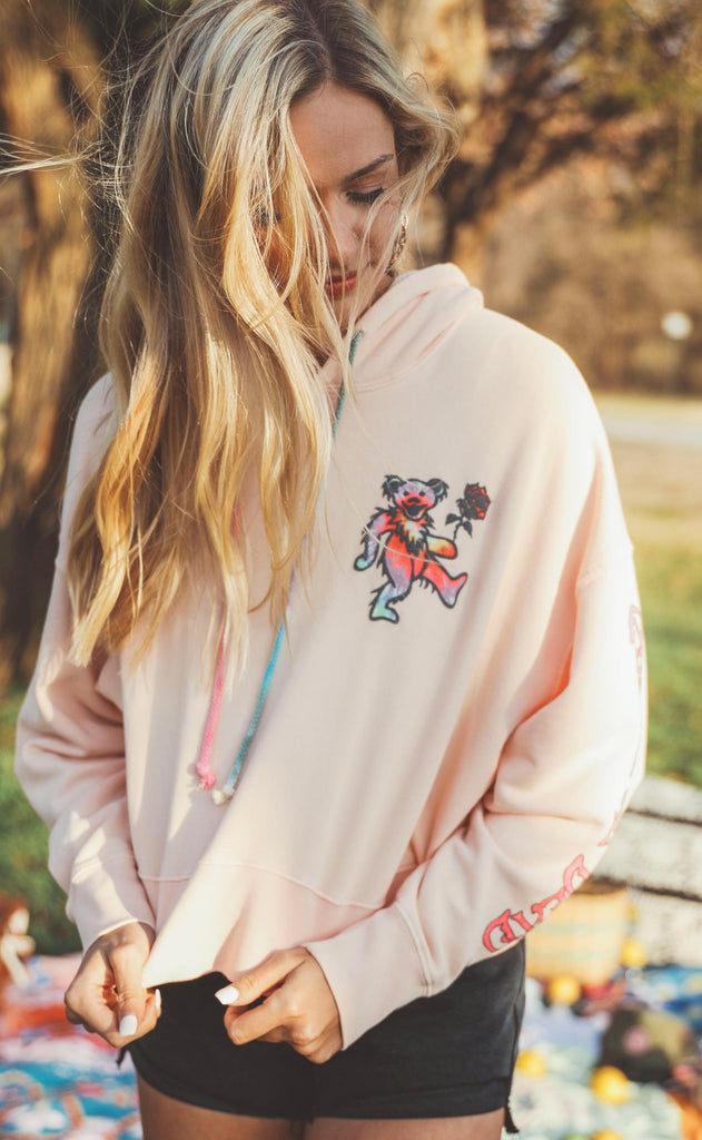 daydreamer: grateful dead tie dye bear shrunken hoodie