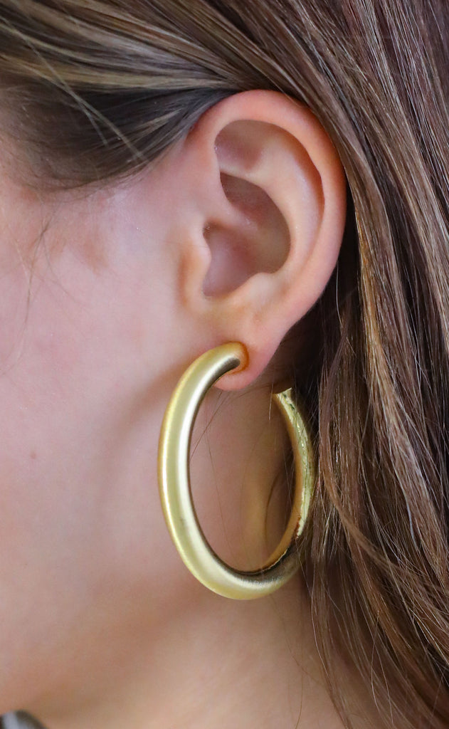 thick hoop earrings - matte gold