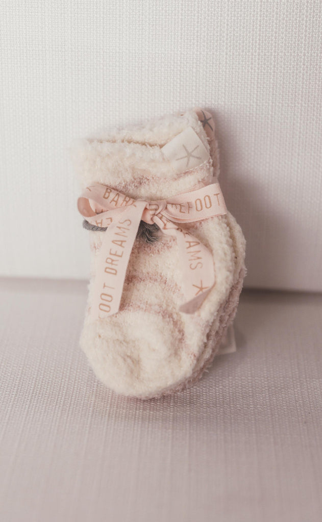 barefoot dreams: cozychic infant sock set - pink