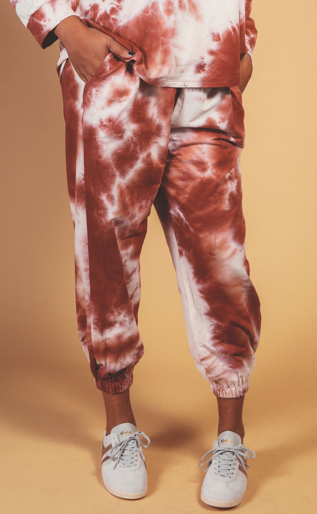 head in the clouds tie dye sweat pant rust - extended