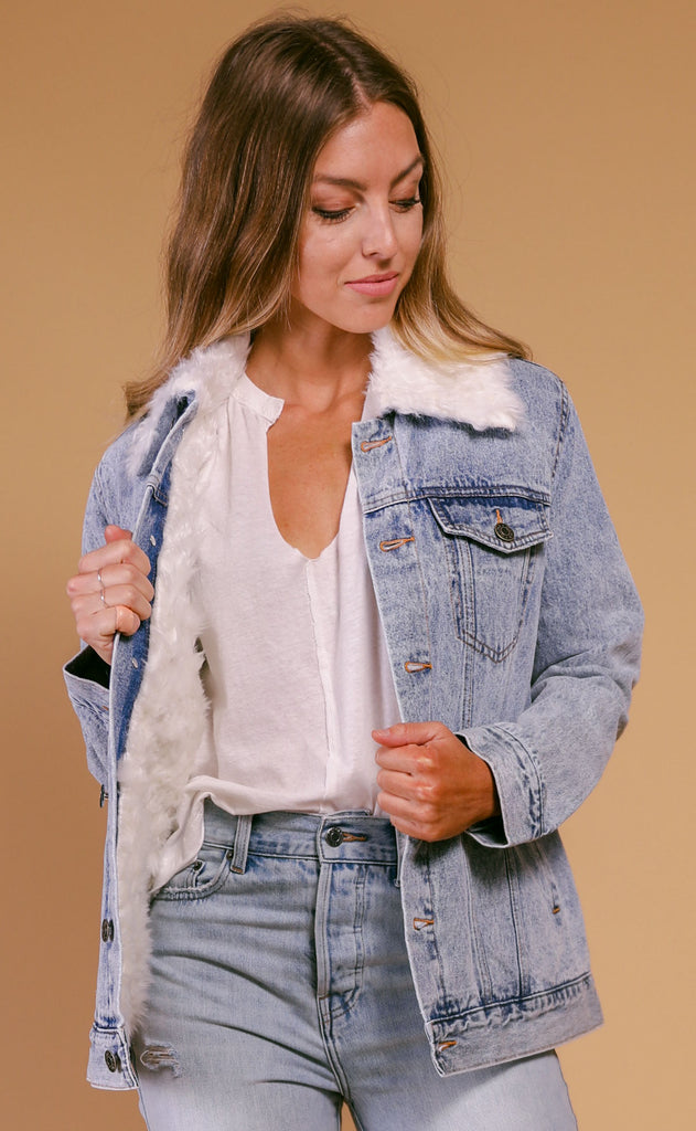 show me your mumu: durado faux fur denim jacket