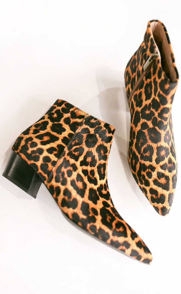 seychelles: what you need leopard bootie