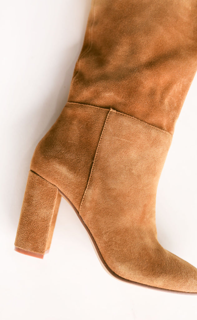 chinese laundry: keep up bootie - honey brown