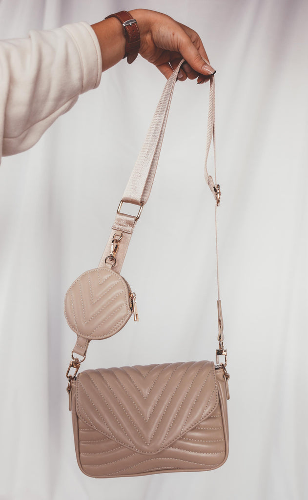 city slicker quilted crossbody - natural