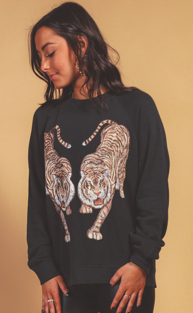 show me your mumu: simon pullover - dancing tiger graphic
