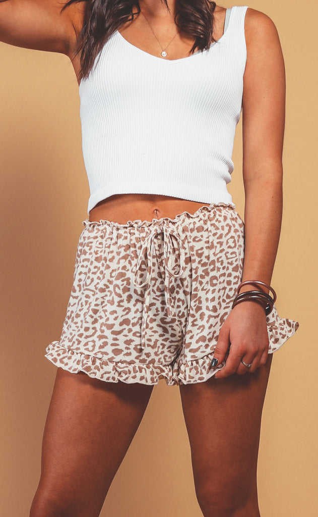 animal instinct ruffle shorts - taupe