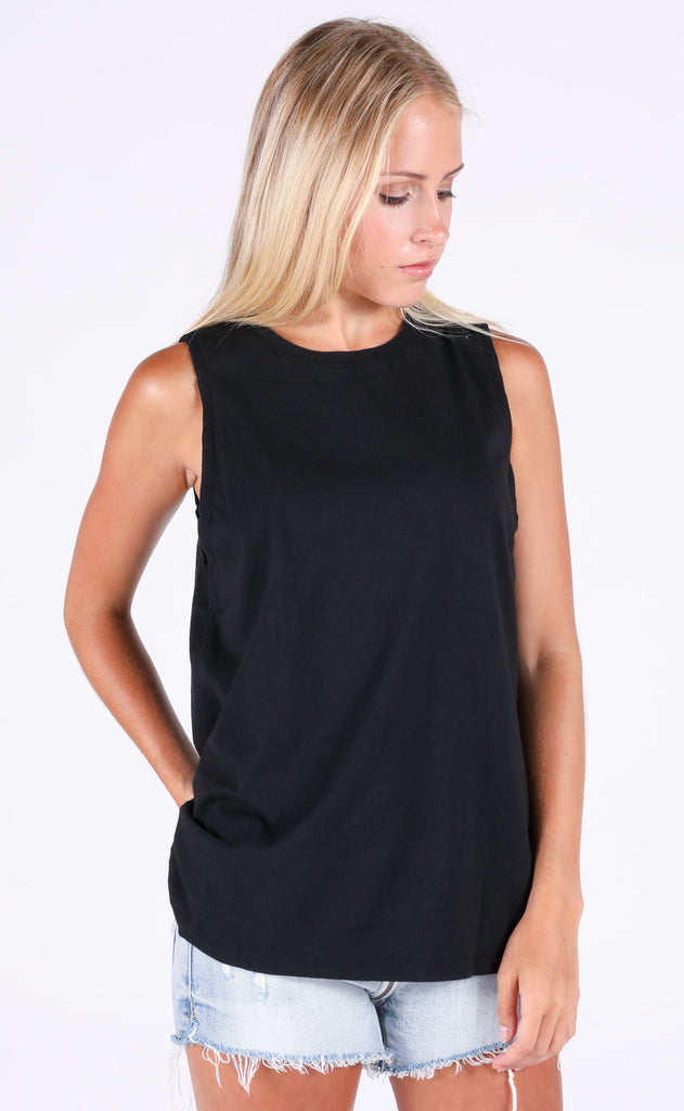 richer poorer: muscle tank - black
