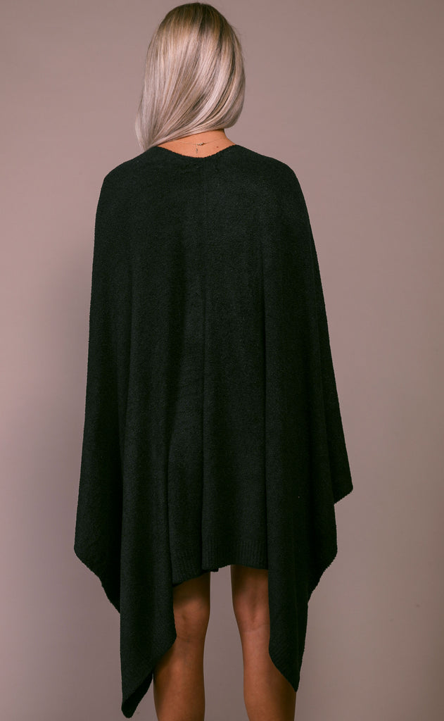 barefoot dreams: cozychic lite weekend wrap - black