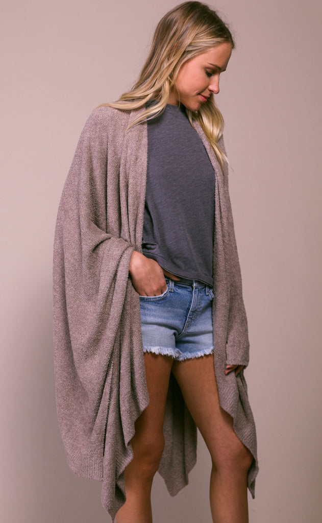 barefoot dreams: cozychic lite weekend wrap - driftwood taupe