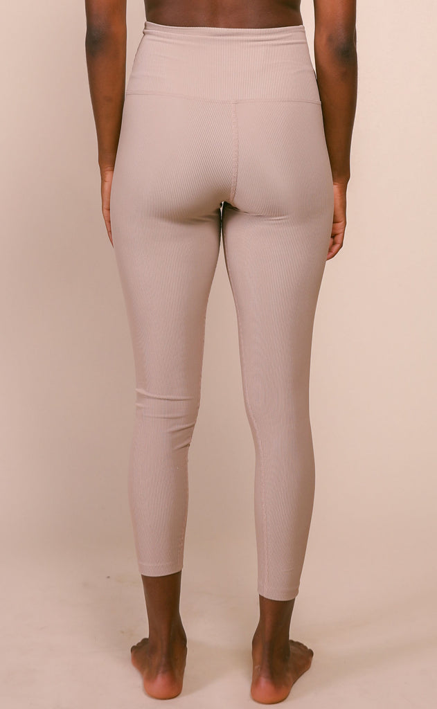 beach riot: ayla legging - tan