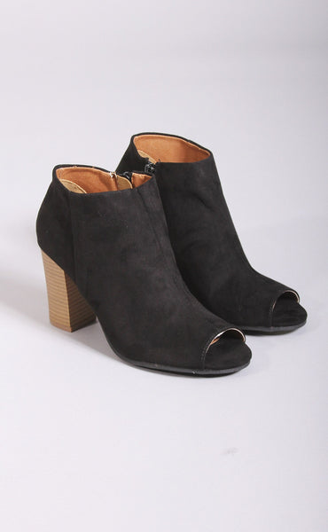 simply sleek peep toe bootie