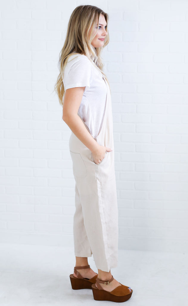 apple of my eye linen jumpsuit