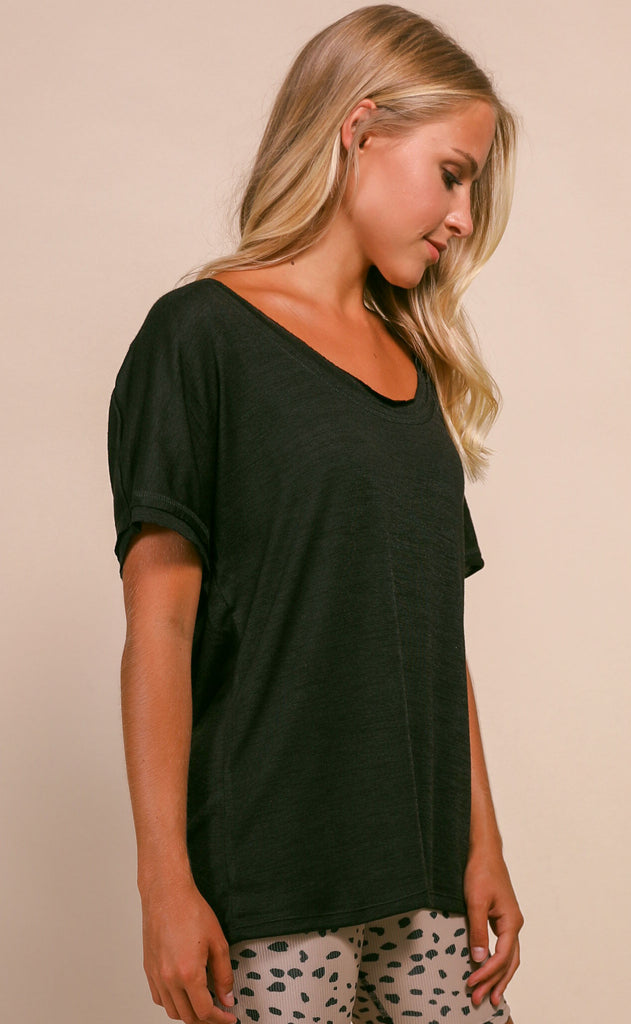 basic is best scoop neck top - black