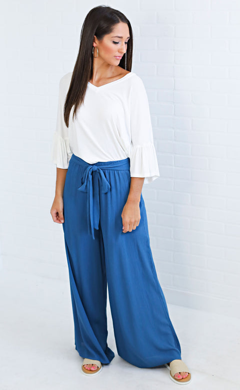 beachfront babe flowy pants - blue