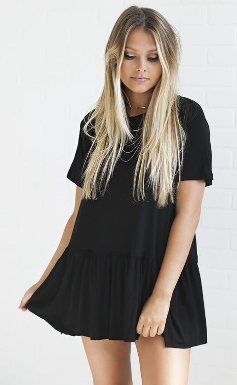 beachy keen flowy top - black