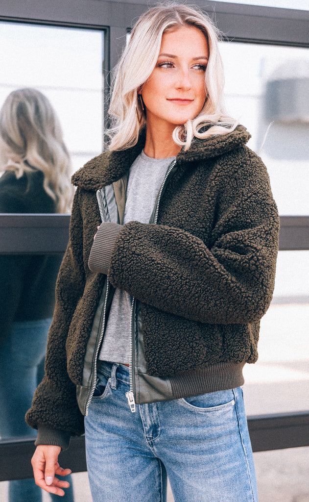 blank: sherpa cropped jacket - dark mocha