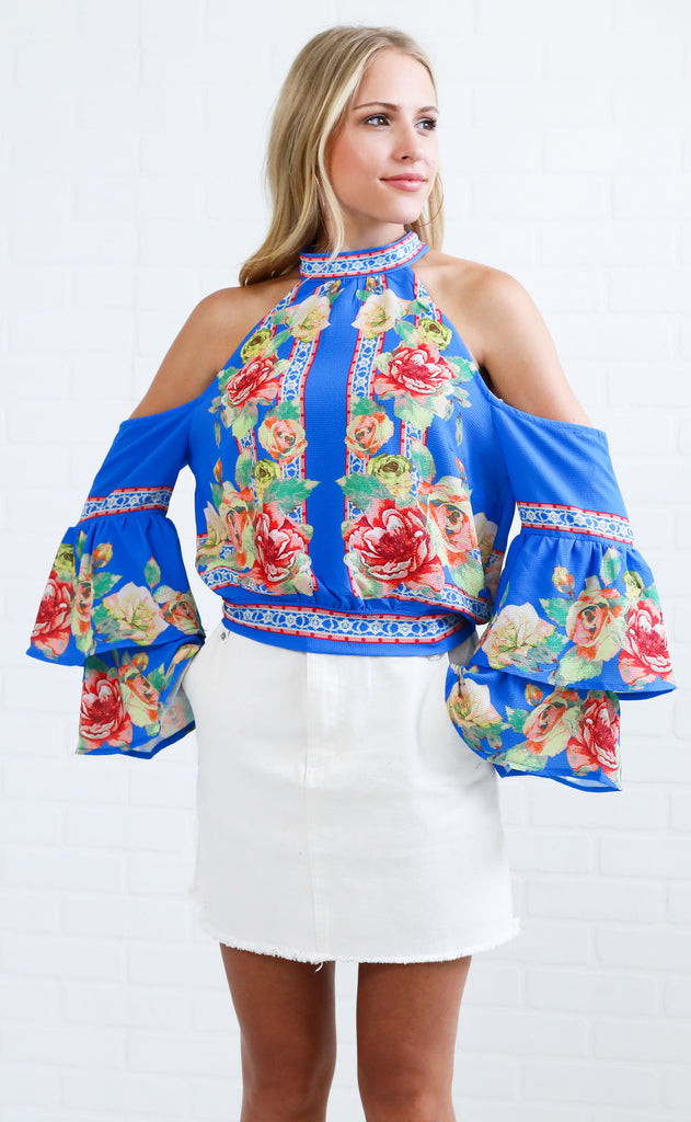 budding roses floral top