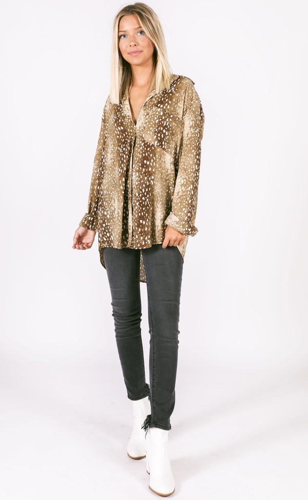 buddy love: portia button up top - fawn