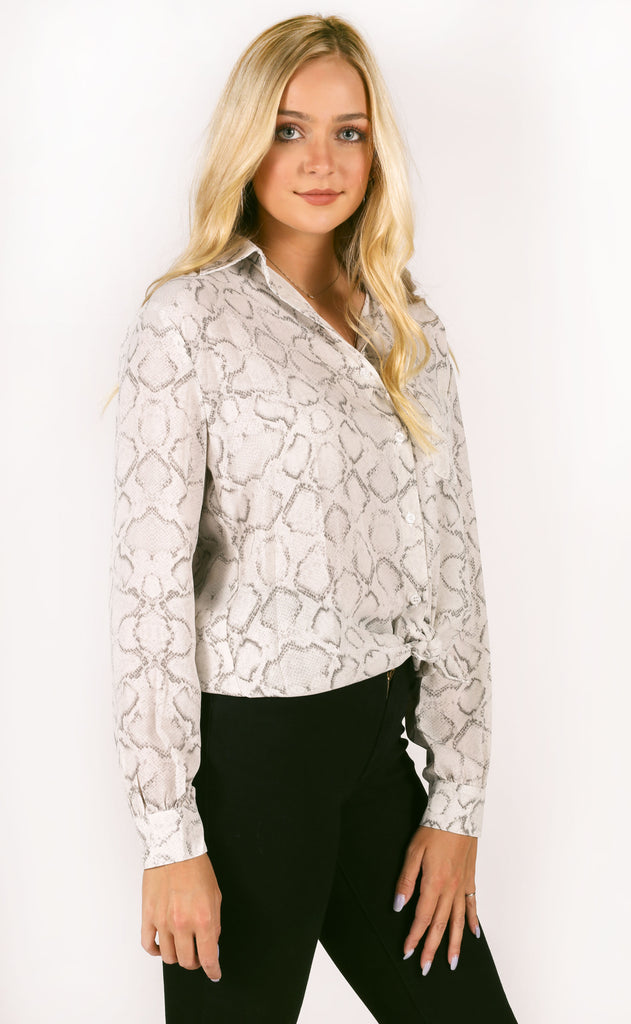 buddy love: portia button up top - charmer