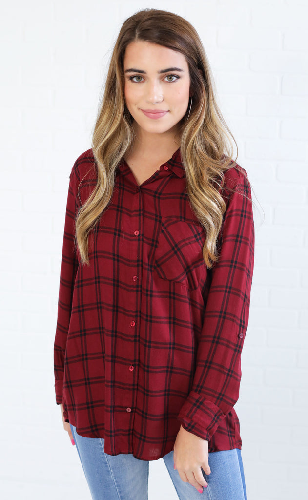 cabin fever plaid top - burgundy