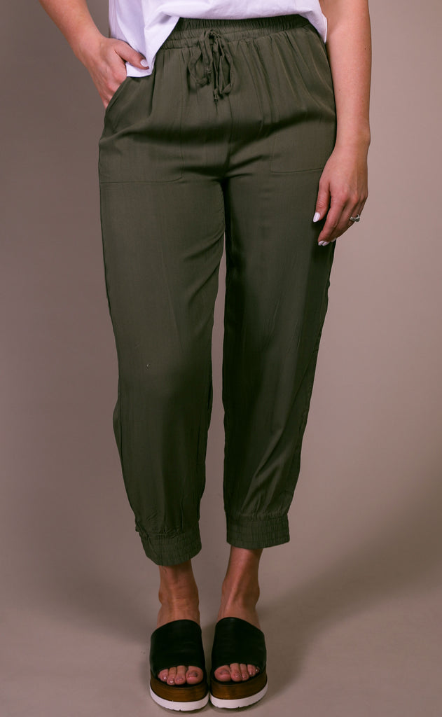 casual cool woven joggers - olive