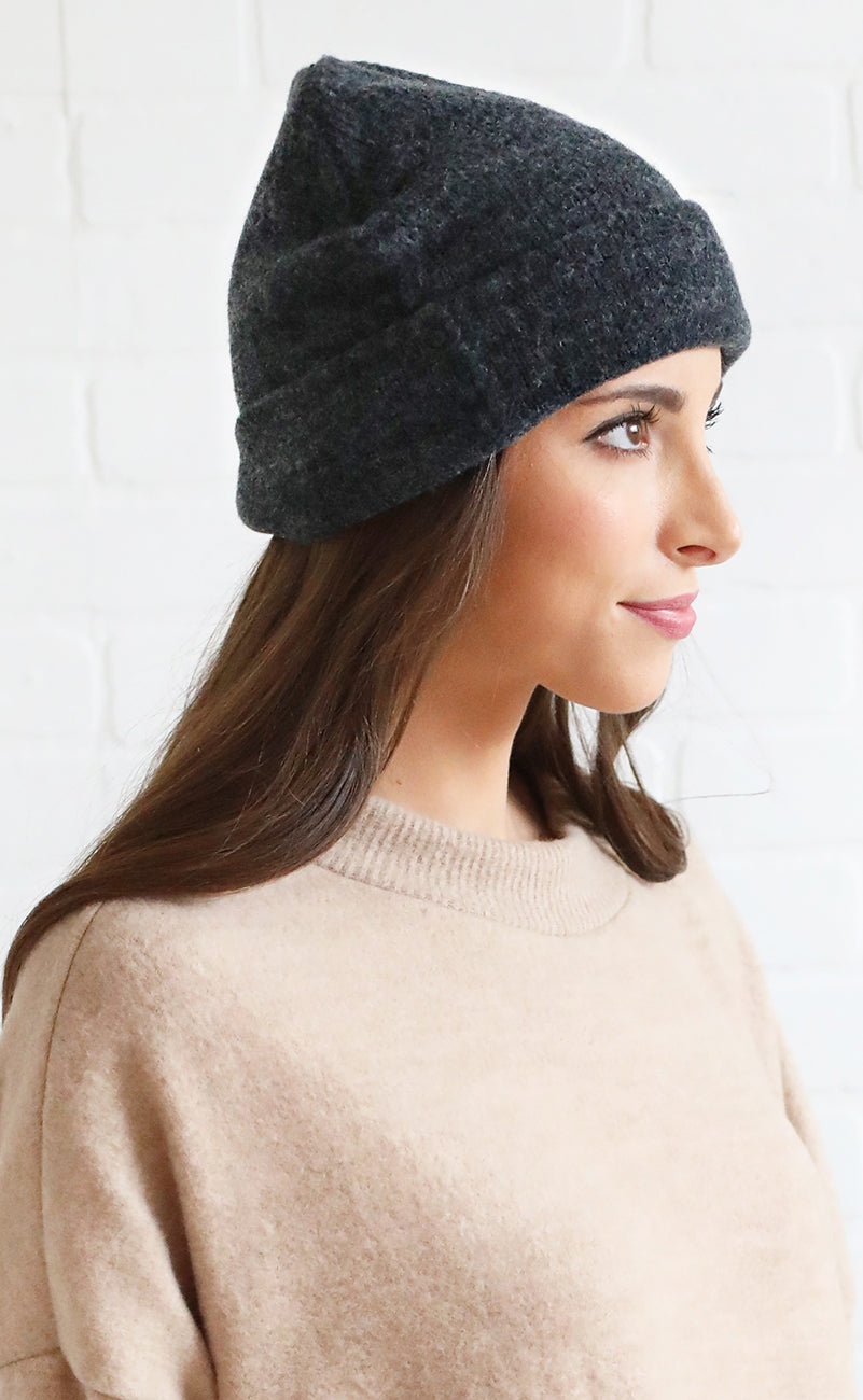 cozy winter knit beanie - charcoal