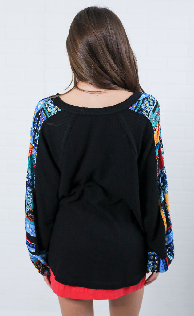 charmed touch printed top - black