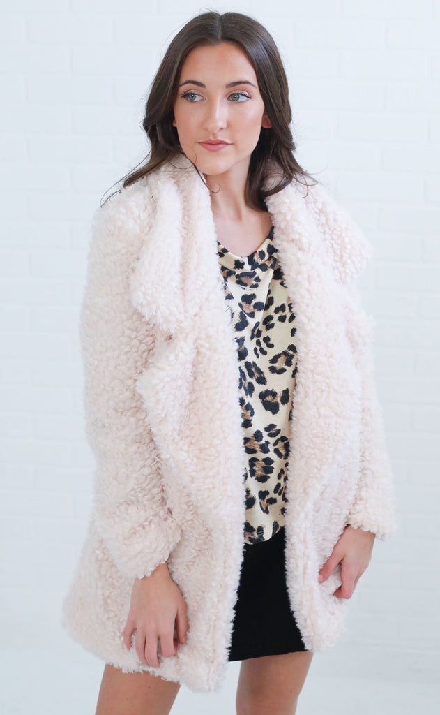 cocktail hour fuzzy jacket - cream